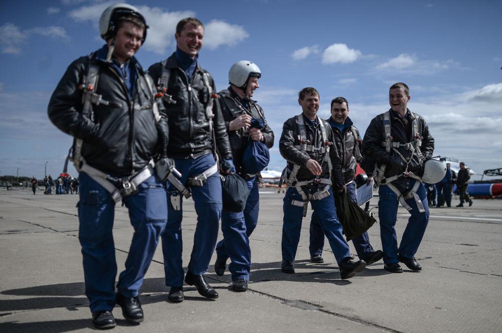 Ngất ngây những hình ảnh đẹp của không quân Nga