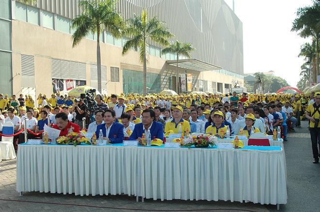 Tưng bừng lễ xuất quân đoàn thể thao TPHCM tham dự Sea Games 28