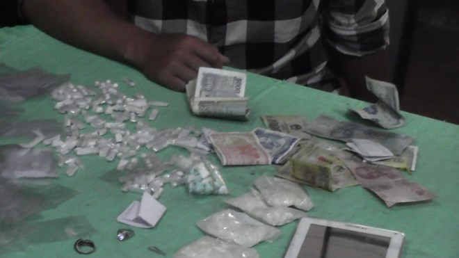 Phá 2 đường dây mua bán ma túy tổng hợp
