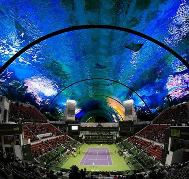 Độc đáo sân tennis dưới nước có 1 không 2 ở Dubai