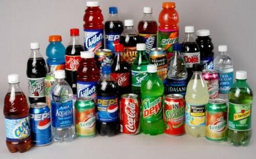 Đồ uống có ga: Đồ uống có ga có hàm lượng đường cao. Vì vật nó dễ dàng ảnh hưởng đến mức độ cholesterol trong cơ thể của bạn.