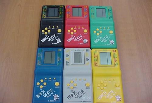 """Những hệ máy chơi game gắn với """"tuổi thơ dữ dội"""" của 8X"""